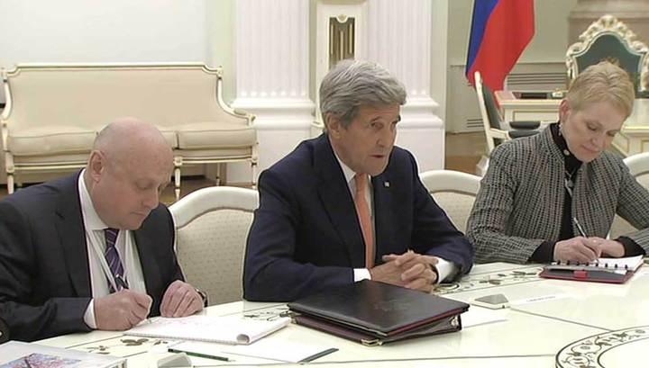 Путин и Керри проводят переговоры в Кремле