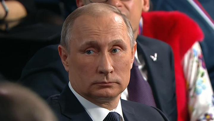 """Путин рассказал, как """"слепили"""" панамское досье"""