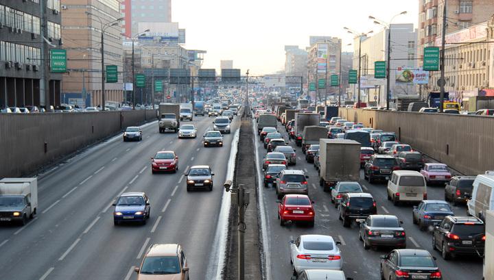 Минтранс намерен разделить автомобилистов на любителей и профессионалов