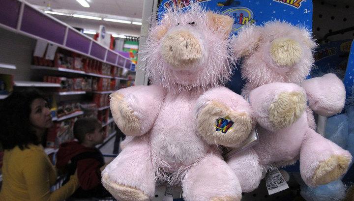 Сотрудники магазина заподозрили мальчика в краже игрушки и закрыли его в подсобке