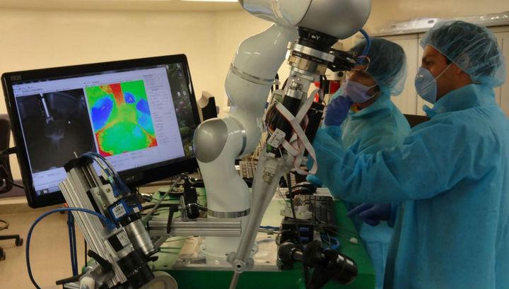 Робот-хирург впервые самостоятельно провёл операцию на мягких тканях подопытного животного