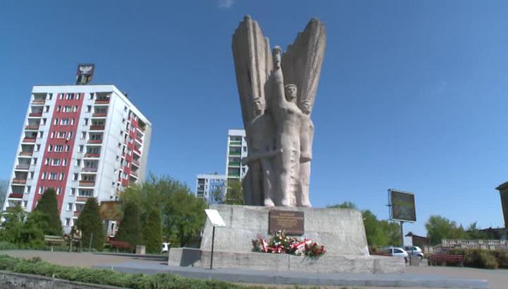 Памятники воинам-освободителям в Польше охраняют только активисты