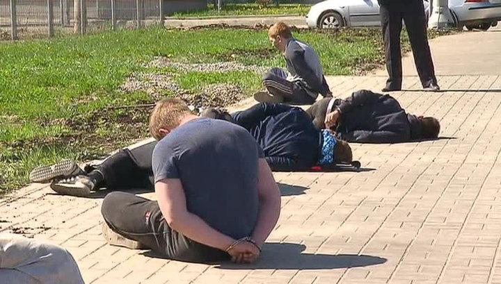 Очевидцы кладбищенского побоища: они избивали всех подряд и расстреливали машины