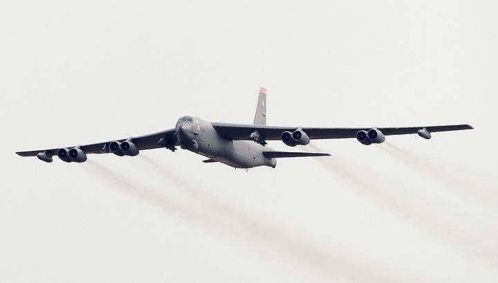 Бомбардировщик B-52 разбился на Гуаме