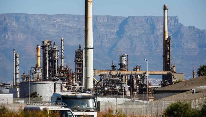 """Противоречия в ОПЕК: """"нефтяные короли"""" поговорят о заморозке"""