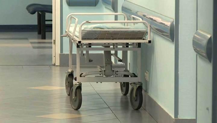 Киевские врачи оставили мужчину умирать у больницы