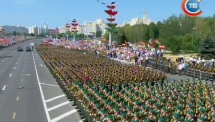 В военном параде в Минске участвовали российские военнослужащие