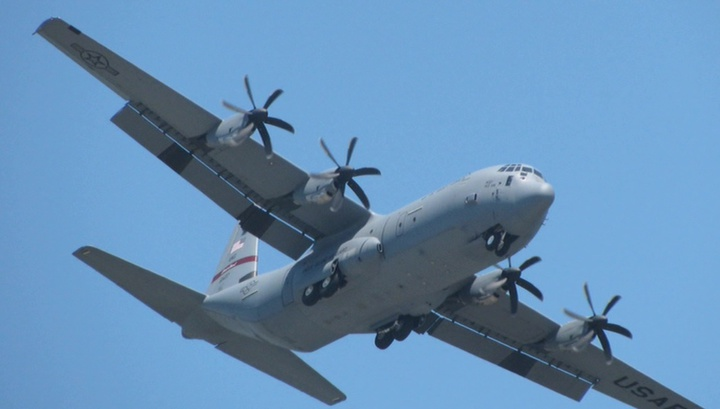 В район крушения американских военных самолетов идут 6 японских кораблей