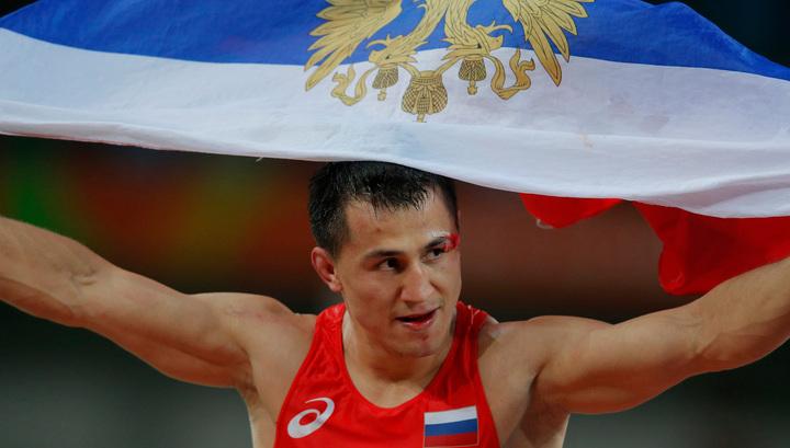 Россияне выиграли командный зачет чемпионата Европы по греко-римской борьбе