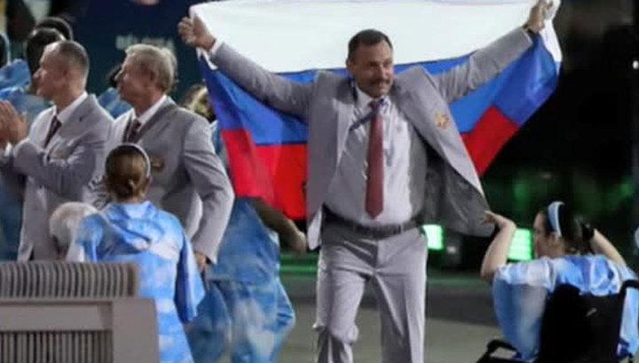 Чиновники МПК в бешенстве: за российский триколор белорусского паралимпийца накажут