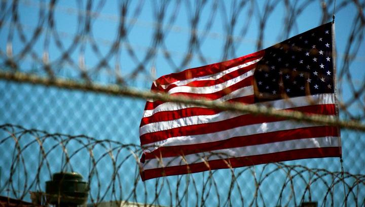 Семь человек погибли при бунте в американской тюрьме