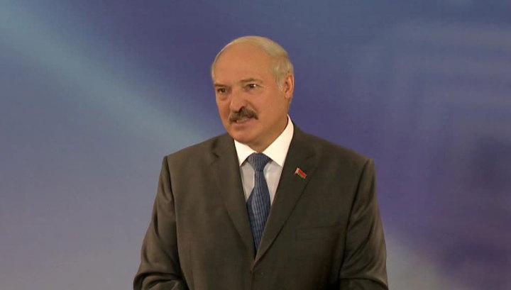 Лукашенко: Россия пинает соглашения в хвост и в гриву