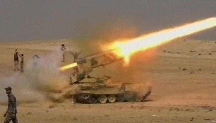 Боевики и мирные жители покидают Мосул