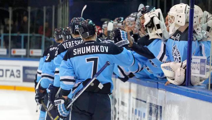 """КХЛ. """"Сибирь"""" продлила победную серию, """"Автомобилист"""" прервал серию поражений"""
