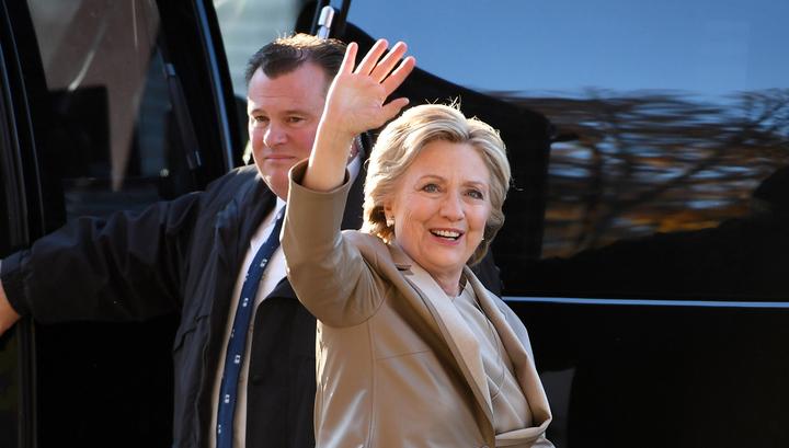 Клинтон заявила, что выиграть выборы ей помешал Обама