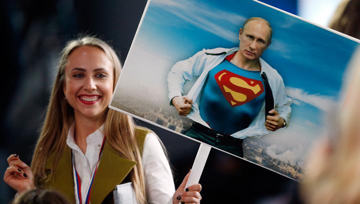 """""""Супергерой Путин"""" вдохновил британского дизайнера на создание куртки"""