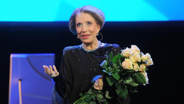 После падения со сцены Инна Чурикова попала в реанимацию