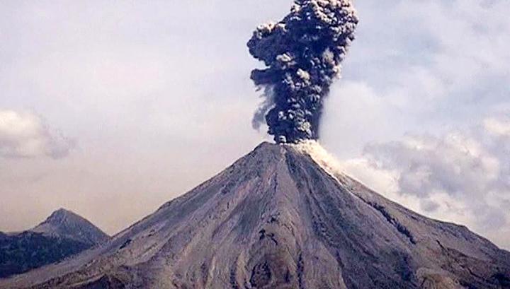 Новое извержение вулкана Колима в Мексике. Видео