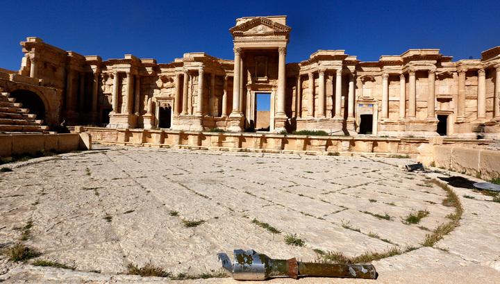 Варвары они и есть варвары: Лавров прокомментировал уничтожение пальмирского театра