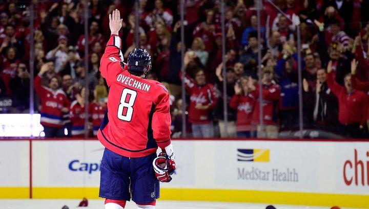 Овечкин и Кучеров – лидеры списка бомбардиров в НХЛ