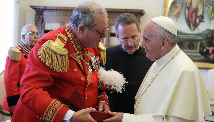 Великий магистр поссорился с Папой из-за презервативов и уходит