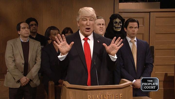 Высмеявшего расизм Трампа Алека Болдуина самого обвинили в расизме