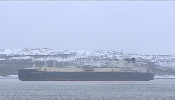 Первый в мире танкер ледового класса для транспортировки природного газа испытают Арктикой