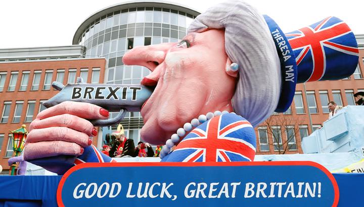 """""""Гольф-клуб"""": британские юристы назвали условия отступных по Brexit"""