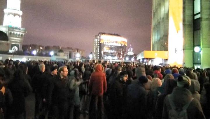 Охрана не справилась с наплывом людей на концерте ДДТ в Москве