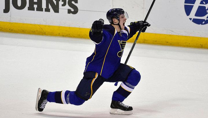 Владимир Тарасенко стал первой звездой дня в НХЛ