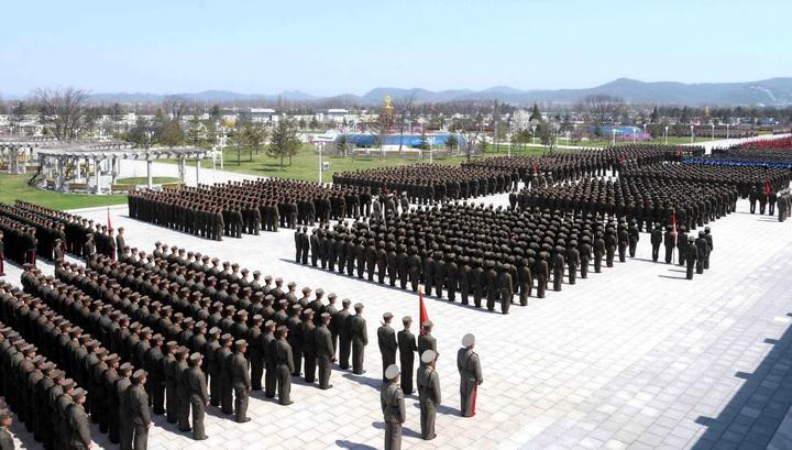 """Вести.Ru: """"Десятикратный отпор США"""": 3,5 миллиона человек попросились в армию КНДР"""