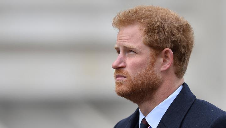 Принца Гарри умоляют не приглашать Обаму на свадьбу