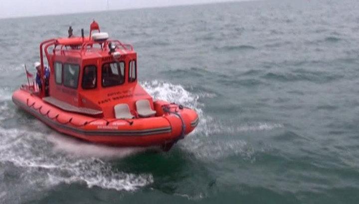 У берегов Камчатки затонуло судно, ведутся поиски троих членов экипажа
