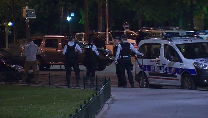 Расследование инцидента в Париже будет вести антитеррористическая прокуратура
