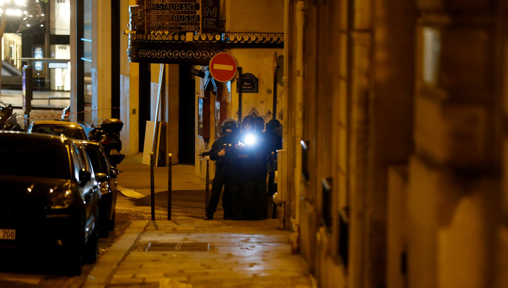 Франсуа Олланд: Нападение в центре Парижа носило террористический характер