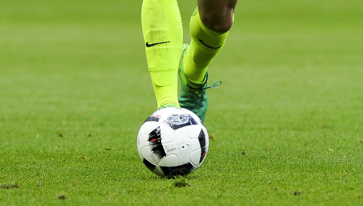 В Бразилии футбольный матч остановили из-за удаления девяти игроков