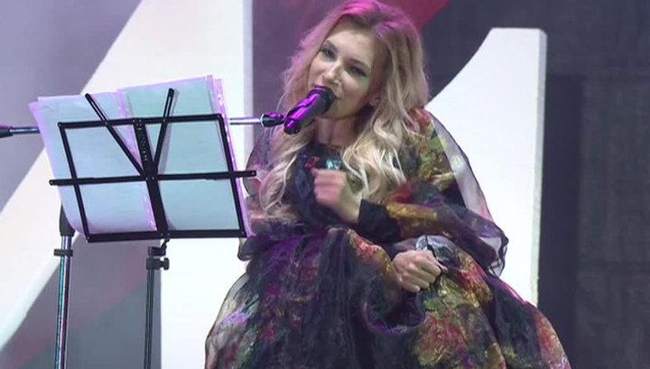 Юлия Самойлова в День Победы спела в Севастополе