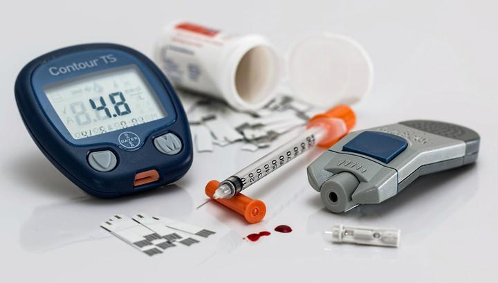 Новая методика лечения имеет преимущество перед инсулинотерапией и некоторыми препаратами от диабета, которые порой понижают уровень сахара в крови слишком сильно.