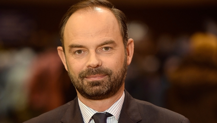 Премьер Франции намекнул на отмену антироссийских санкций