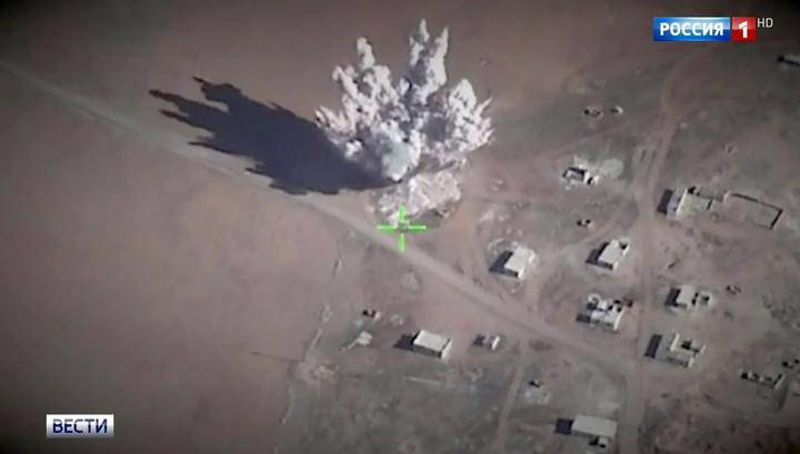 Прорвать блокаду вокруг аэродрома Дейр-эз-Зора сирийцам помогли ВКС РФ