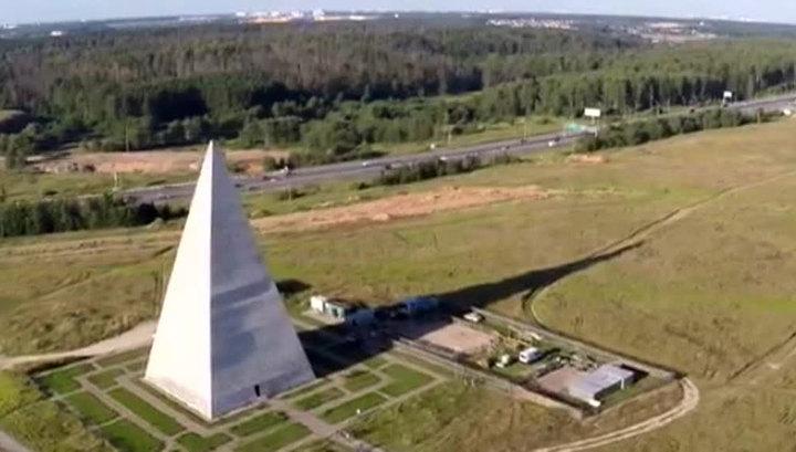 На месте рухнувшей под шквалом пирамиды Голода появится новая