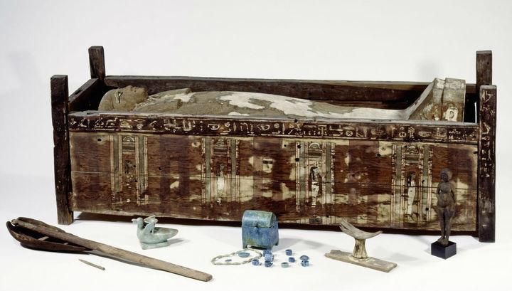 Генетики изучили 151 древнеегипетскую мумию и смогли выделить 90 митохондриальных и три ядерных генома.