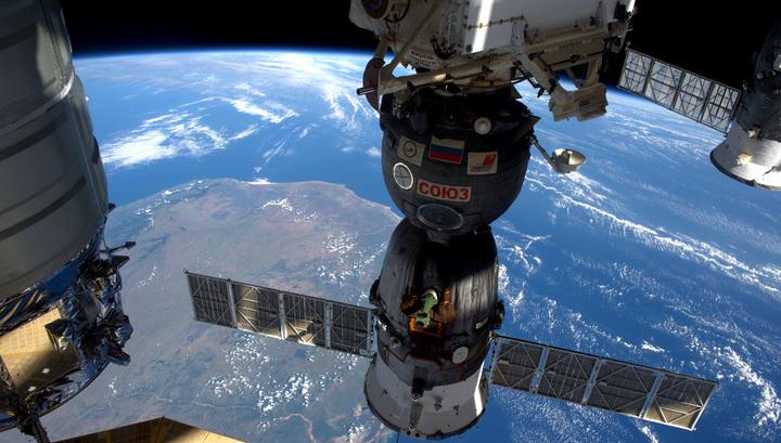 НАСА отправило на МКС три тонны продуктов и приборов