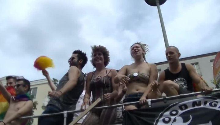 В Новой Зеландии полицейским запретили участвовать в гей-параде