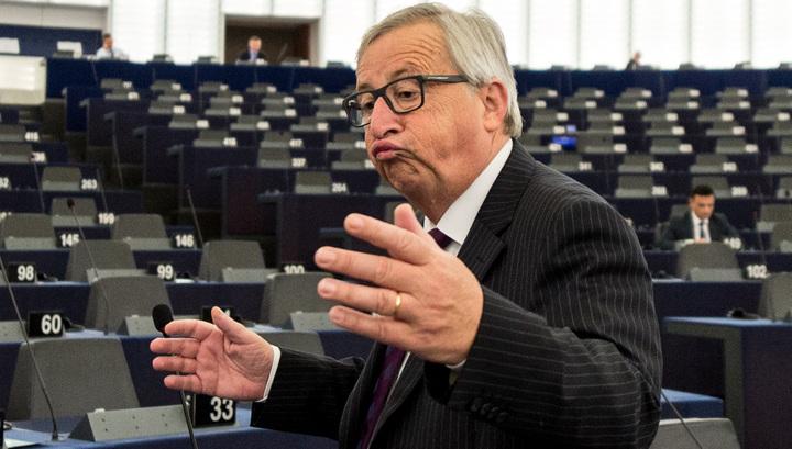 Скандал на выступлении Юнкера в Европарламенте