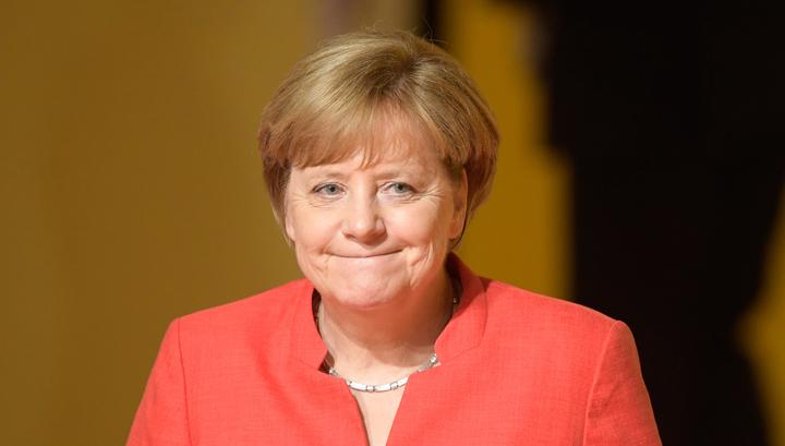 Слишком много противоречий: Меркель оказалась на грани провала