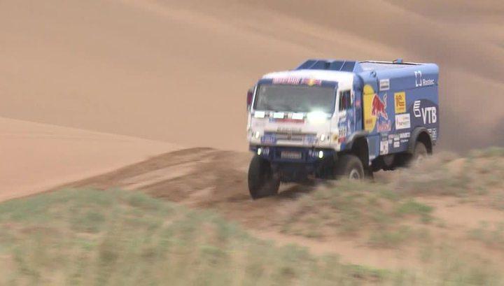 Экипаж Каргинова стал первым на этапе ралли-рейда