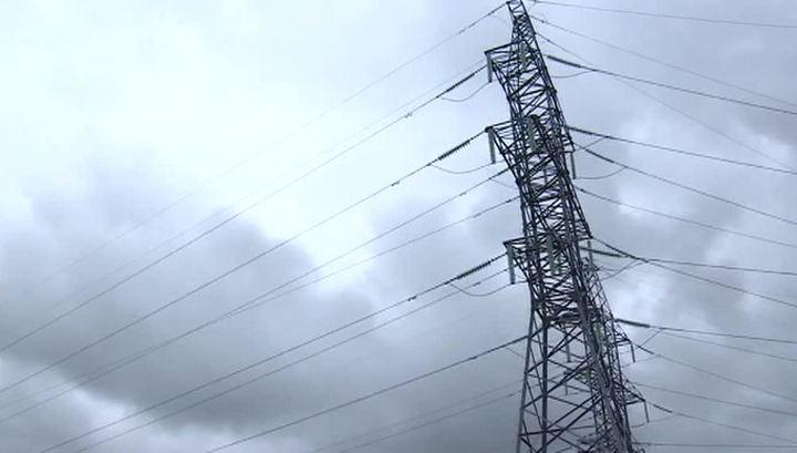 Более 180 населенных пунктов Центральной России остаются без света после урагана