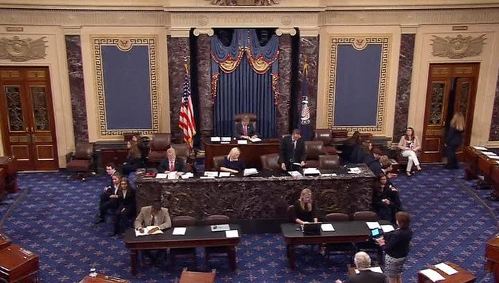 """Сенат США изучает """"российское вмешательство"""" по интернет-мемам"""
