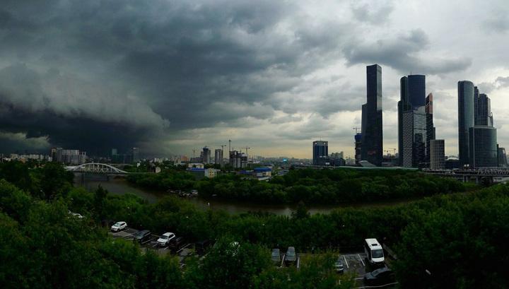 Идет сильная гроза: московская жара встретится с европейским циклоном